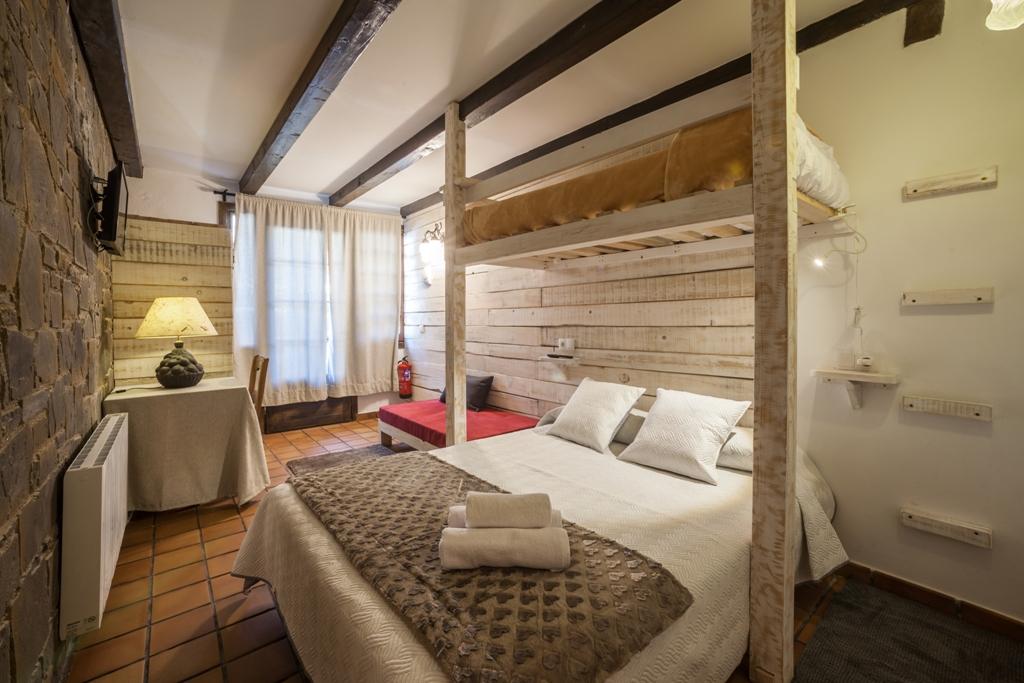 Interior Suite 1